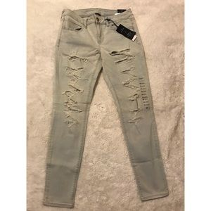 Women's American Eagle Jeans, Light Wash Denim!